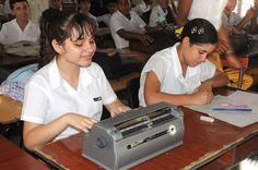 #Celebran su Día Internacional sordo-ciegos cubanos - Radio Reloj: Radio Reloj Celebran su Día Internacional sordo-ciegos cubanos Radio…