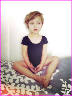 Lovely little ballerina in a pixie cut hair style. Shes a darling little pixie. The true Tinkerbell If you liked this pin, click now for more details. Little Girls Pixie Haircuts, Little Girl Short Haircuts, Little Girl Hairstyles, Pixie Hairstyles, Short Girls, Trendy Hairstyles, Sweet Hairstyles, Little Girls Pixie Cut, Kids Girl Haircuts