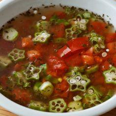 トマトといえばフレッシュでおいしい夏野菜の代表格。β−カロテンやビタミンCなど、からだに必要不可欠な栄養素がたっぷり含まれているのも大きな魅力です。今回はそんなト... Salsa, Mexican, Ethnic Recipes, Food, Essen, Salsa Music, Meals, Yemek, Mexicans
