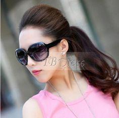 Big Square Sunglasses in Black.