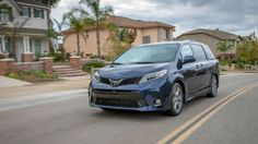 Hot News!!!...2018 Toyota Sienna  Performance and Driving Impressions Re...