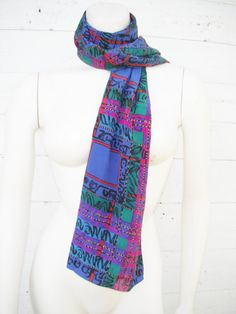 15 OFF SALE 1980s Blue fuscia and more silk by ArieleSierraDesigns, $14.99