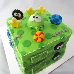 """Instead of those giant Om Nom cakes, this seems much more """"doable"""" for a birthday cake within my culinary skills."""