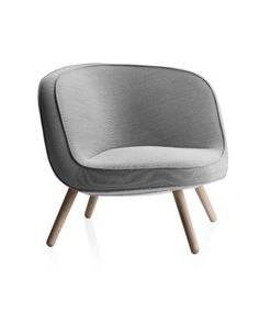 Shop SUITE NY for the Easy Chair by Bjarke Ingels and KiBiSi for Fritz Hansen and more contemporary Danish contract lounge seating Lounge Chair Design, Lounge Seating, Lounge Chairs, Desk Chairs, Fritz Hansen, Danish Chair, Cozy Sofa, Skyline Design, Single Chair