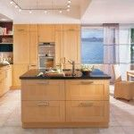 nice kitchens colours http://bit.ly/18tSupn