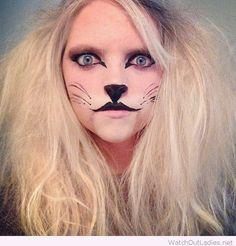 Lovely lion Halloween look