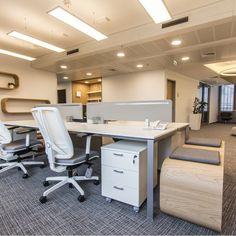 Újjászületik a Roosevelt irodaház Executive Office Furniture, Roosevelt, Showroom, Conference Room, Interior, Table, Projects, Home Decor, Log Projects
