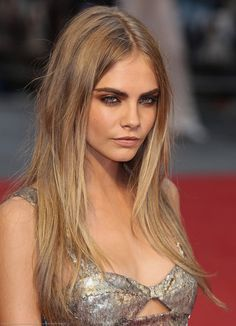 Cara Delevingne - perfect hair colour