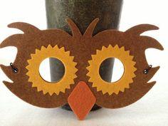 Máscara pájaro de fieltro