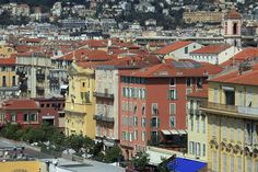 Good, cheap restaurants in Nice. Try this guide to where you can eat great value food just like a local in the old town of Nice.