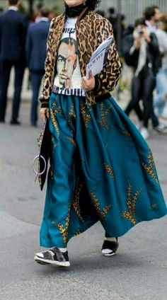 ☆Dries Van Noten in Fashion Week street
