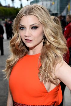 Smoldering eyes definitely reigned supreme on the red carpet—especially Natalie Dormer's. // #Emmys2014