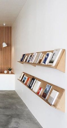 nice Clean, simple DIY minimalist bookshelf display... by http://www.99-homedecorpictures.club/minimalist-decor/clean-simple-diy-minimalist-bookshelf-display/ More