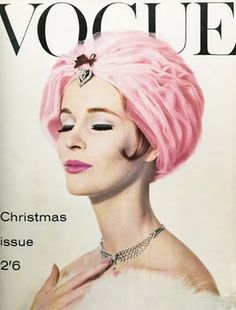 This vintage Vogue cover captures the extravagance of fashion. Vogue Magazine Covers, Fashion Magazine Cover, Fashion Cover, 1960s Fashion, Vogue Fashion, Vintage Fashion, Vogue Vintage, Capas Vintage Da Vogue, Vintage Vogue Covers