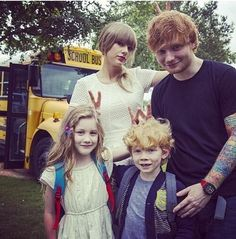 Little Taylor and Ed and big Taylor and Ed. THIS WAS THE CUTEST THING EVER LITERALLY BROUGHT TEARS TO MY EYES FROM ALL THE CUTENESS