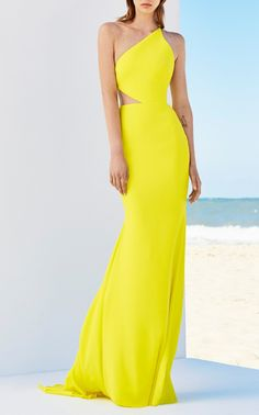 The Serena Satin Crepe One Shoulder Gown by Alex Perry. This Alex Perry gown featuers one shoulder and a cut out at the waist One shoulder Fully lined Exposed B Gala Dresses, Couture Dresses, Dress Outfits, Fashion Dresses, Alex Perry, Elegant Dresses, Beautiful Dresses, Formal Dresses, Yellow Fashion