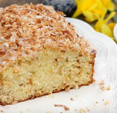 Buttermilk Coconut Pound Cake ~ this cake is AMAZING! It's fluffy, tender and full of toasted coconut. The Buttermilk Glaze and toasted coconut garnish round this up to perfection. Cake Mix Recipes, Cupcake Recipes, Baking Recipes, Cupcake Cakes, Dessert Recipes, Cupcakes, Loaf Recipes, Homemade Desserts, Easy Desserts