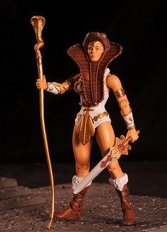 Masters of the Universe Classics Teela: always preferred the cobra stylings. Fantastic figure.