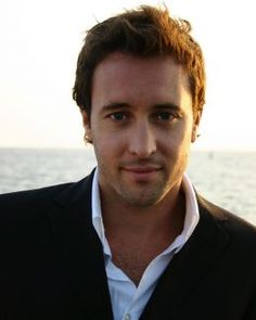 Alex O'Loughlin from Hawaii Five-O