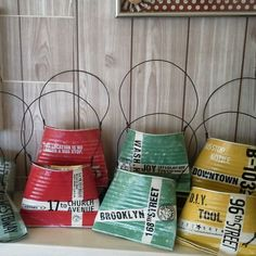 tin can redo Aluminum Can Crafts, Tin Can Crafts, Wire Crafts, Diy And Crafts, Coffee Can Diy Projects, Projects To Try, Tin Can Art, Recycle Cans, Angel Crafts