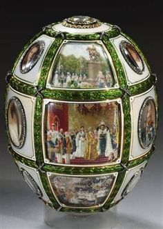 The Fifteenth Anniversary Egg. A Faberge Imperial Easter Egg presented by Tsar Nicholas II to his wife the Empress Alexandra Feodorovna at Easter 1911 Tsar Nicolas Ii, Tsar Nicholas, Alexandra Feodorovna, Art D'oeuf, Fabrege Eggs, La Madone, Faberge Jewelry, Egg Art, Glass Art