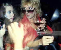 New York December 5th 1977. Rod Stewart and singer Bebe Buell at the Pierre Hotel