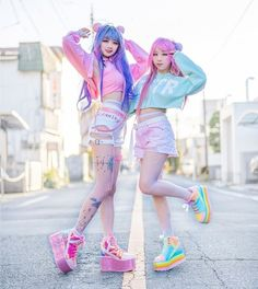 @ your best friend and do some twin outfits 👯👯💕 Pastel Goth Outfits, Pastel Goth Fashion, Edgy Outfits, Teen Fashion Outfits, Kawaii Fashion, Lolita Fashion, Cute Casual Outfits, Cute Fashion, Look Fashion