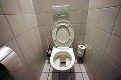 Fabriquez un spray désodorisant naturel pour vos toilettesnoté 2.8 - 5 votes Entrer dans ses toilettes et humer une agréable odeur est toujours agréable. Malheureusement, les produits proposés par le commerce sont souvent nocifs pour la santé et l'environnement. Fabriquez donc votre propre désodorisant. Dans un vaporisateur, versez: 30mL de vodka, de gin ou d'alcool …