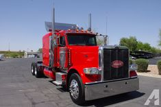 Used 2008 Peterbilt 389 Rare Flat Top Sleeper Peterbilt 389, Peterbilt Trucks, Semi Trucks, Lifted Trucks, Classic Pickup Trucks, Large Truck, Aluminum Wheels, Cool Trucks, Antique Cars