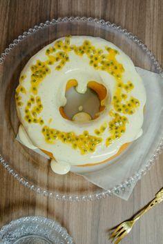 Pense em um bolo fofinho e com uma cobertura cremosa. Pensou? Agora multiplique…