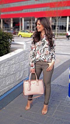 Camisa floreada en pinterest modelos asi ticos for Pantalones asiaticos