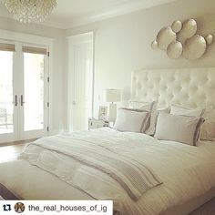 Sometimes no color says more!  #Repost @the_real_houses_of_ig  Peace and serenity from the sweet and talented @eyeforpretty  #interiordesign #homestaging #designinspo #myrtlefield  #inspohome #homeinterior #staging #stagedhomes #propertystaging #homestyle #homedecor #diydecor #interiordesigner #propertystyling #utahbusiness #utahrealtor #utahrealestate #mompreneur #ladyboss #entrepreneur #homestaging #interiordesign #designinspo #myrtlefield