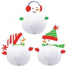 Apres ski hangdecoratie sneeuwpoppen 3 stuks -  Apres ski decoratie. Een set met drie hangende sneeuwpoppen! Erg schattig en perfect om op te hangen tijdens een sneeuwfeest! Afmeting: 20.32cm.   www.feestartikelen.nl