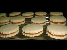 Křehké sušenky s kondenzovaným mlékem. Příprava je velmi jednoduchá a chuť fantastická. Christmas Baking, Christmas Cookies, Condensed Milk Cookies, A Food, Food And Drink, Confectioners Sugar, Nutella, Food Processor Recipes, Cheesecake