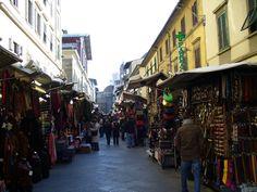 San Lorenzo markets