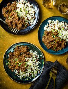 Jamaican Curry Pork Recipe Pork Curry Recipe, Curry Recipes, Pork Recipes, Gourmet Recipes, Dinner Recipes, Savoury Recipes, Chicken Recipes, Jamaican Stew Recipes, Jamaican Dishes