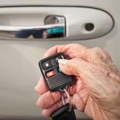 Driving helps older adults stay mobile and independent, but the risk of being injured or killed in a motor vehicle crash increases as people age. How do caregivers know if their loved ones are safe on the road?
