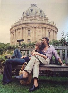 Jane Birkin and Serge Gainsbourg by Andrew Birkin in Oxford, 1969 Serge Gainsbourg, Charlotte Gainsbourg, Gainsbourg Birkin, Lou Doillon, Style Jane Birkin, Andrew Birkin, Kate Barry, Nostalgia, Baby Jane