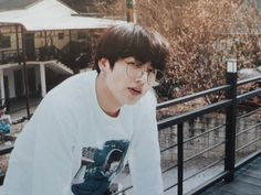 Shared by frida. Find images and videos about kpop, bts and jungkook on We Heart It - the app to get lost in what you love. Foto Jungkook, Foto Bts, Vlive Bts, Jungkook 2018, Bts Twt, Kookie Bts, Bts Bangtan Boy, Bts 2018, Jhope