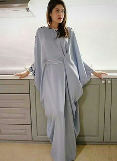 2 piece modern batwing set pattern Order by line : (with Abaya Fashion, Muslim Fashion, Modest Fashion, Fashion Dresses, Indian Fashion, Modest Wear, Modest Dresses, Stylish Dresses, Mode Abaya