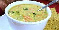 Le zuppe disintossicanti che ci fanno perdere fino a 4 chili a settimana