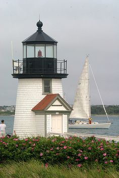 Nantucket Island- Brant Point Light by Massachusetts Office of Travel & Tourism lighthouse. Brant Point Lighthouse, Lighthouse Pictures, Nantucket Island, Cap Ferret, Beacon Of Light, Travel And Tourism, Coastal Living, Cape Cod, New England