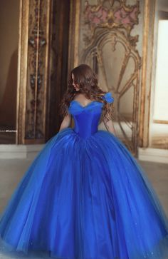 Beautiful blue dress #said #photography