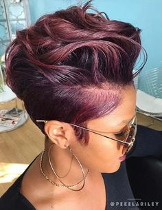2018 Winter Hair Color Ideas for Black Women. Bold and Vibrant hair color shades for the winter 2018 season. This winter its time to break free from mundane hair shades of black and brown an - June 22 2019 at Hair Color Shades, Hair Color Purple, Hair Color For Black Hair, Cool Hair Color, Color Black, Pixie Hair Color, Plum Purple, Short Pixie Haircuts, Short Hairstyles For Women