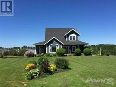 Gorgeous 2 story located in 1.02Ac amazing picturesque lot. Sitting on a hill top at the end of a private cul-de-sac, you will be impressed by the water view, rolling fields and beautiful Stratford b