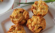 These delicious sundried tomato and feta muffins are the perfect savoury muffin bite. Make them TEXAS sized for lunch or tiny bite size for little snacks.