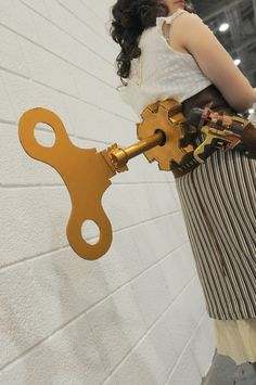 Steampunk Windup Key - tutorial on how to make one.