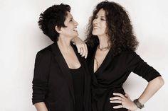 Alkistis Protopsalti & Eleftheria Arvanitaki ღ Great Pictures, Singer, Blazer, Film, People, Photography, Dresses, Greece, Fashion