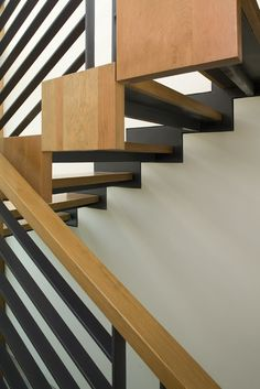 Ebony & Wood Staircase F House - Alroy Hazak Architects (structural detail) Architecture Details, Interior Architecture, Interior Design, Diy Staircase Railing, Railings, Boutiques, Escalier Design, Simple House Design, Interior Stairs
