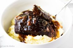 Instapot short ribs Super tender short ribs with a delicious red wine and balsamic sauce!